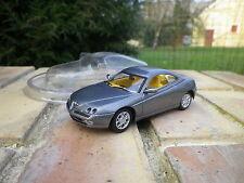 SOLIDO ALFA ROMEO GTV 1999 gris Neuf dans sa coque blister