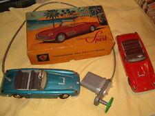 LOT 2 ANCIEN JOUET AUTOMOBILE 1960 FERRARI GRAND SPORT course 24 h LE MANS toy
