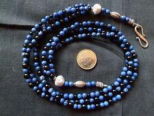 Halsketten und Anhänger aus Edelsteinen mit Lapis Lazuli gefärbte