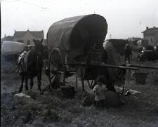 SAINTES MARIES DE LA MER c. 1935 - Camp Gitans Négatif Verre - V9 364