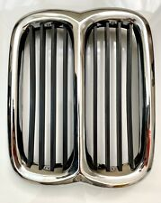 BMW E10 02 02er 2002 tii Niere Centre Grille 51131826675 Center Grill