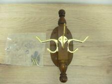 Wunderschöne Wandgarderobe mit Messinghacken  Zierbrett aus Holz d50