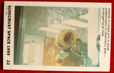 SPACE 1999 - PILOT ENDANGERING ALL LIVES - EX SUNICRUST Card #22 Australia 1975
