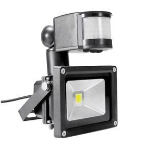 Outdoor LED Barn Street Security Light 12V  Dusk to Dawn Waterproof Floodlight