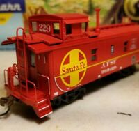 HO Athearn ATSF caboose car, for train set, New RTR , Santa fe cupola