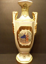 BEAUTIFUL VINTAGE GOLD GILT URN STYLE TABLE LAMP VASE W/COLONIAL VICTORIAN SCENE