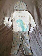 Carter's baby boy 9 months 4pc set dinosaurs baby dino cap hat socks baby-saurus