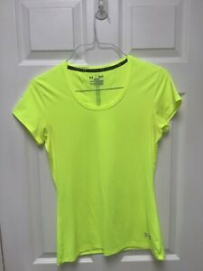 Under Armour Run Heat Women's Activewear Top SM/P/P Semi-Fitted Neon Yellow Logo