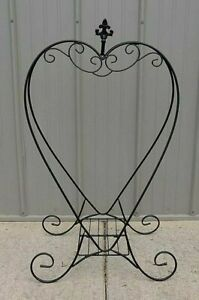 Artscapes Heart Dual Purpose Plant Stand