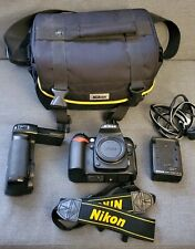 Nikon D90 12.3MP Digital SLR Camera Body with Vertical Grip low shutter count!