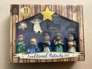 11 Piece Traditional Nativity Set - Hand Painted
