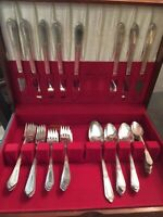 WM Rogers Mfg Co  IS COTILLION  Silverplate 1937 Flatware 40 Pieces with Box