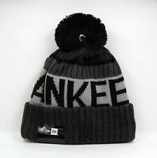 New Era Men's MLB New York Yankees Ligue Sideline Gris Knit Bobble Beanie Hat