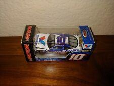 2006 #10 Scott Riggs Valvoline 1/64 Action RCCA NASCAR Diecast
