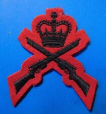 QOR Queen's Own Rifles Canadian Armed Forces Marksman FIRST CLASS SHOT badge B