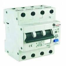 DIFFERENZIALE MAGNETOTERMICO COMPATTO 3P+N 25A 0,03 CURVA A 6KA GE 568323