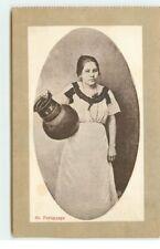 Paraguay - Jeune femme tenant un vase - 7163