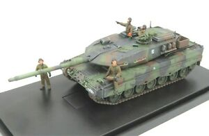 Panzerkampf 12213PA - 1/72 Dutch Leopard 2A6NL MBT with 4 x Tank Crew Figures