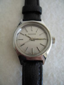 NOS NEW VINTAGE NIDOR REVUE SWISS MADE WATCH 1960'S
