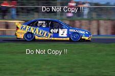 Alain Menu WILLIAMS RENAULT CONCESSIONNAIRE RACING RENAULT LAGUNA BTCC 1995 Photographie 2