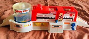 Vtg Matchbox Motorcity Car Wash Super Spin 1990
