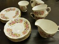 VINTAGE COLCLOUGH CHINA 18 PIECES TEA SET CUPS,  SAUCERS & JUG