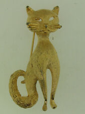 ADORABLE VINTAGE B.S.K. BRUSHED GOLD TONE MODERNE CAT PIN/BROOCH!