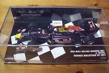 1/43 RED BULL Racing RENAULT RB7 SEBASTIEN Vettel Vincitore GP MALESIA 2011