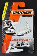 2014 Matchbox #30 Ground Breaker™ WHITE / MOC