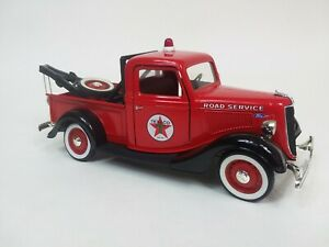 Vintage SOLIDO FORD V-8 TEXACO Wrecker TOW TRUCK 1/19  DIECAST