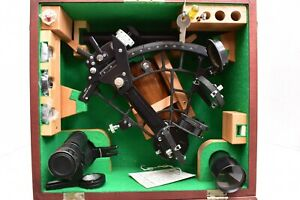 OLD SIMEX MARINER SEXTANT IN WOODEN BOX W/CERTIFICATE OF EXAM NICE