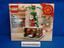 Lego 2016 CHRISTMAS SNOW GLOBE 40223 Limited Edition NEW Set Fast FREE Shipping!