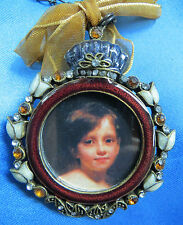 BEAUTIFUL  ROUND  MINIATURE  PICTURE  FRAME
