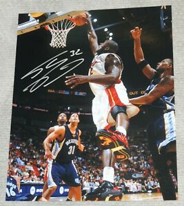 SHAQ SHAQUILLE O'NEAL Signed MIAMI HEAT Dunk 16x20 photo