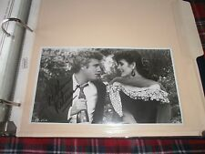 """WILLIAM PETERSON SIGNED ORIGINAL PHOTOGRAPH-1989 """"COUSINS WITH SEAN YOUNG"""