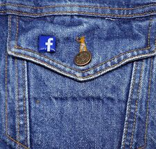 Facebook Logo Mini Pin - Metal Lapel Badge - Social Network - Cute Button