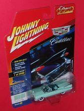 1959 Cadillac Eldorado Convertible Johnny Lightning Classic Gold Collection 2000