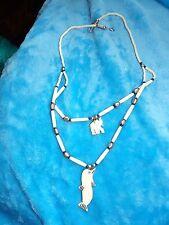 Inusual Tallado hueso bovino doble hebra Elefante & Delfín Colgante Collar 76-28