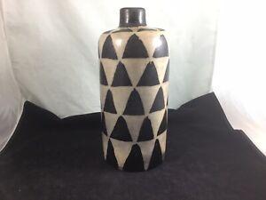 Beautiful Lenca Art Pottery Honduras , Vase / Bottle