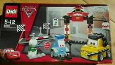 LEGO Cars Tokyo Pit Stop (8206)Disney cars 2 construction toys brand new in box