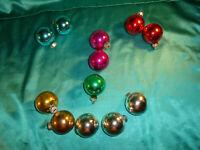 12 alte Christbaumkugeln Glas bunt rot pink silber blau gold Weihnachtskugeln