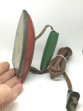 Vintage Sunny Suzi Child's Iron. Still Heats Up.  Wonderful Collectible!
