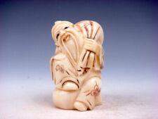 Japanese Detailed Hand Carved Netsuke Old Man Carrying Treasure Bag #08121901