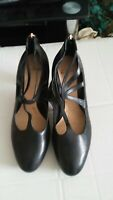 Clarks black ladies high heel Leather shoes Uk 6D and Euro 39 condition is new
