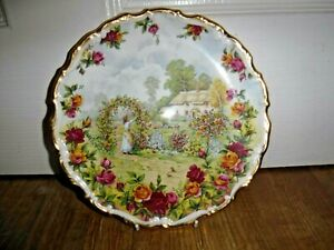 Royal Albert 1986 A Celebration Of The Old Country Roses Garden Decorative Plate