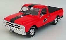 Replicarz 1:18 1968 Chevy C10 STP Pickup Truck