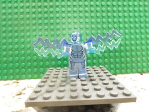 Lego Minifig: #SH105  Electro Marvel Ultimate Spider-Man from set #76014