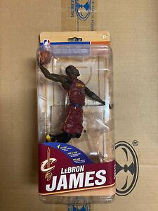 NBA 31 LEBRON JAMES MCFARLANE ACTION FIGURE CAVS LAKERS