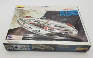 1976 Vintage LINDBERG STAR PROBE Space Base Model Kit #1148 1976