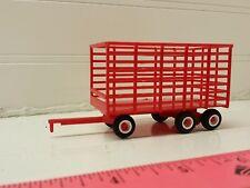 1/64 ertl farm toy red Plastic standi toys hay bale throw wagon tandem rear axle